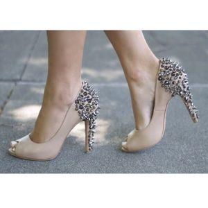 Sam Edelman lorissa spike and stud nude heels